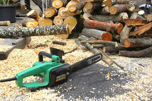 伐採に必要な道具